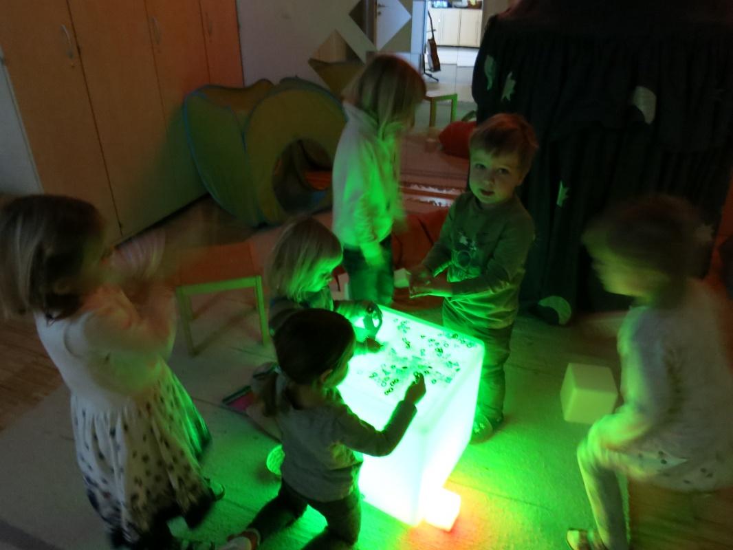 Advent Und Weihnachten Im Kindergarten.Advent Und Weihnachten Städtischer Kindergarten Rohrmoos